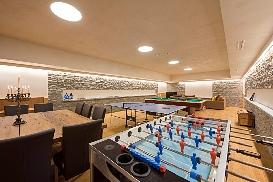 Ski-Armadillo-Chalet-Baryte-Games-Room.jpg