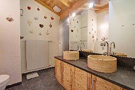 Master-Ensuite-Bathroom.jpg