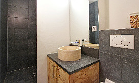 Separate-Shower-room.jpg