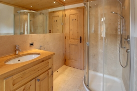 Bath2a.jpg