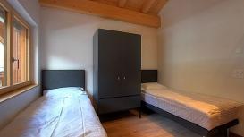 bed3-100.jpg