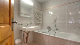 bath1-118.jpg