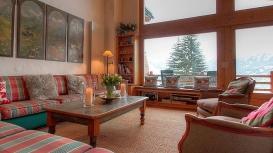 lounge1-118.jpg