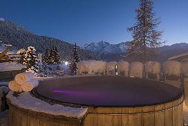 Terrace Hot tub.jpg
