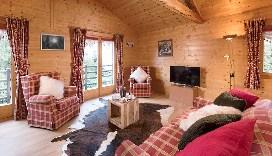 Darbay-Lounge.jpg