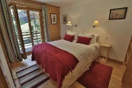 Skye - Guestroom10.jpg