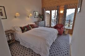 Skye - Guestroom15.jpg