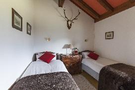 11 Chalet Norjeanne Bedroom 6.jpg1.jpg