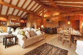 1 Chalet Norjeanne Living Room.jpg1.jpg