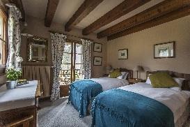 6 Chalet Norjeanne  Bedroom 2.jpg1.jpg