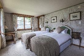 9 Chalet Norjeanne Bedroom 4.jpg1.jpg